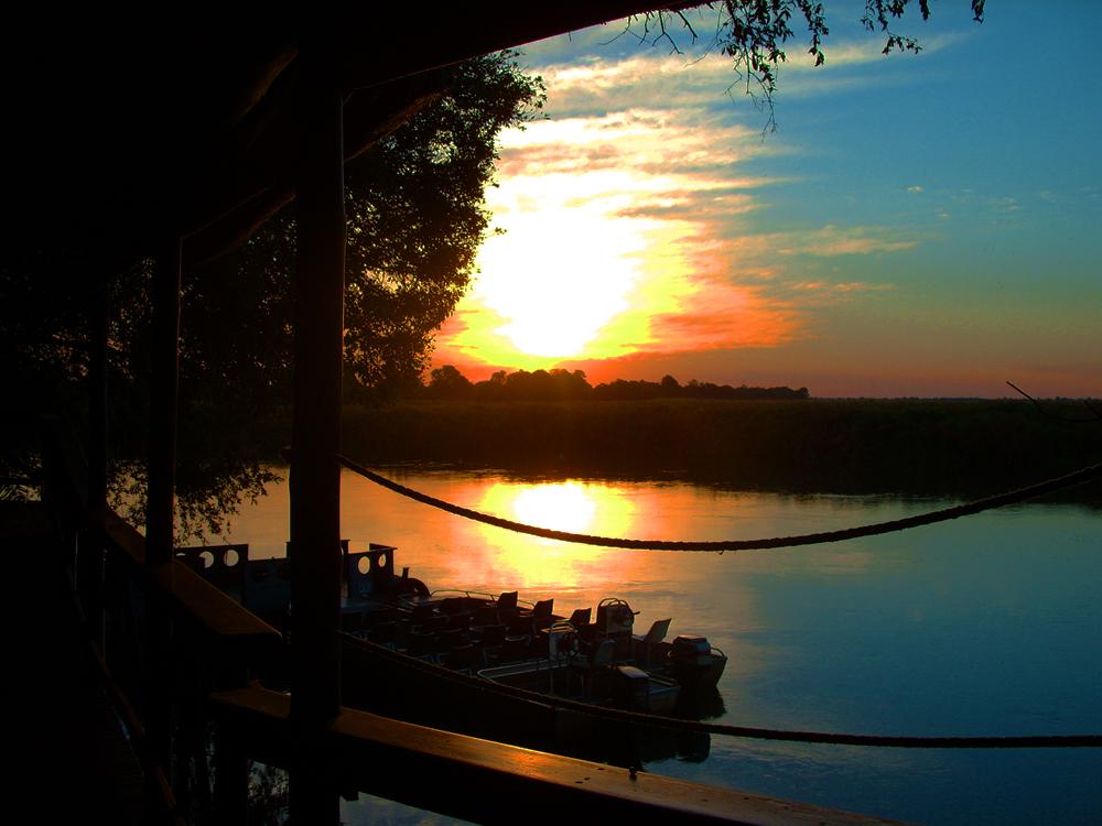 coucher de soleil okavango